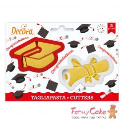 Kit 2 Cortadores Birrete y Diploma Decora